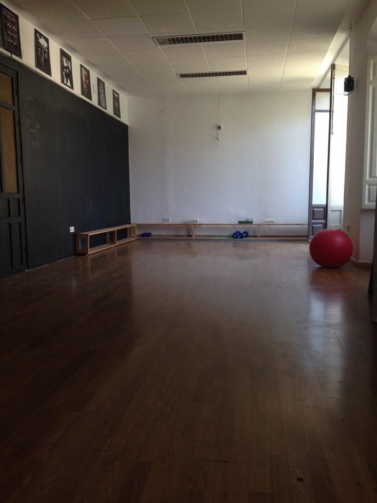 Yoga/Exercise Room In Itinere Hostel, Granada